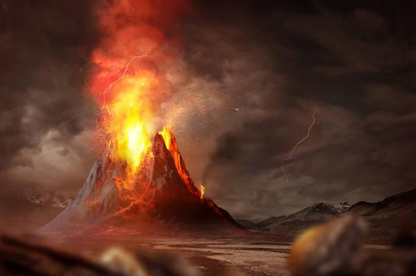 Os vulcões podem ser classificados segundo o material magmático expelido.