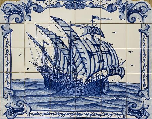 A expedição portuguesa enviada para o Brasil era composta por 13 embarcações e conteve até 1500 homens.
