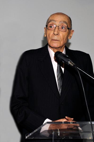 Fotografia do autor em abertura de exposição em sua homenagem no Palácio Nacional da Ajuda em Lisboa, Portugal.