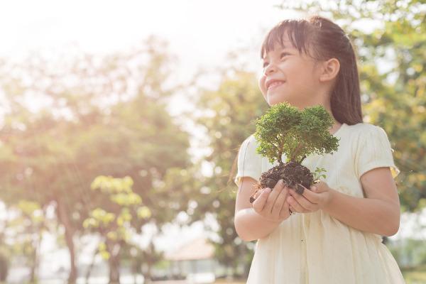 É fundamental ensinarmos para nossas crianças a importância de preservar a natureza.