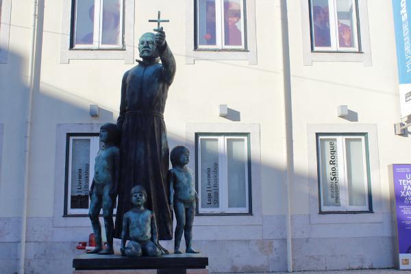 Estátua de Pe. António Vieira, em Lisboa. [1]