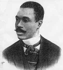 Cruz e Sousa é o maior nome do Simbolismo brasileiro.