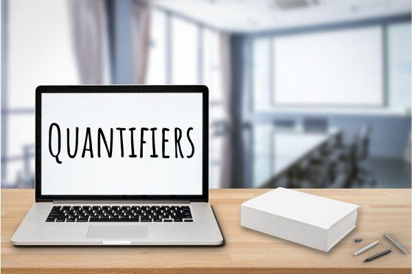 """Os """"quantifiers"""" indicam quantidades gerais em inglês."""