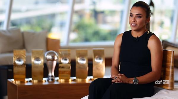 Marta foi considerada a melhor jogadora do mundo por seis vezes. [5]