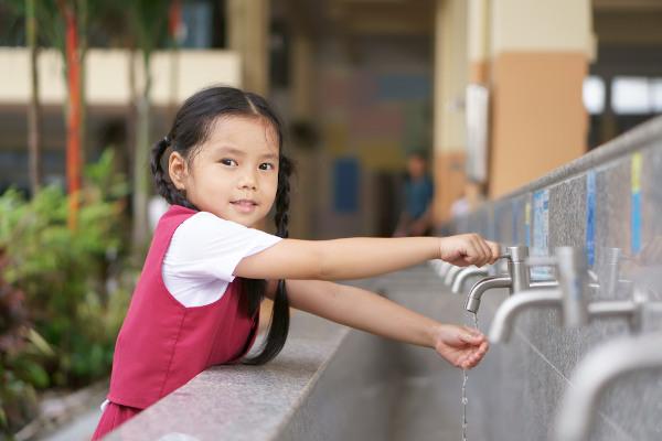Lavar as mãos pode evitar uma série de doenças.