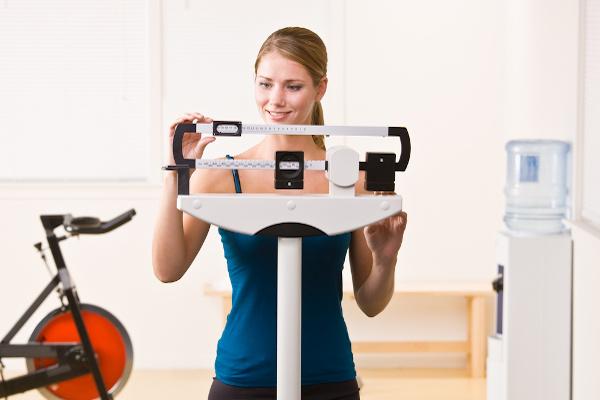 O peso e a altura podem ser usados para analisar-se o peso ideal.