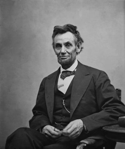 Abraham Lincoln foi o 16º presidente da história norte-americana e ainda hoje é considerado um dos grandes presidentes do país.