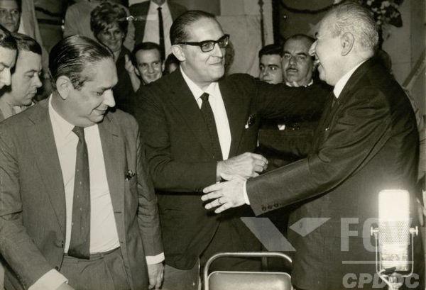 Carlos Lacerda foi um dos grandes representantes do conservadorismo no Brasil durante a década de 1950.[1]