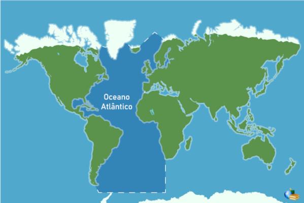 Área de abrangência do oceano Atlântico, em azul-escuro.