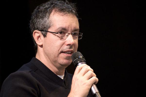 Bernardo Carvalho, no Salão do Livro de Paris, em 2010.