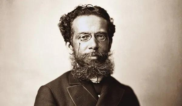 Machado de Assis, autor de Quincas Borba, é um dos grandes nomes da literatura brasileira.