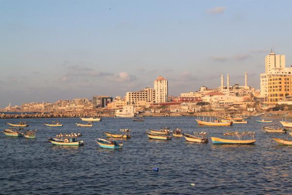 Região portuária da cidade de Gaza. O espaço marítimo do território está incluso no bloqueio imposto por Israel.