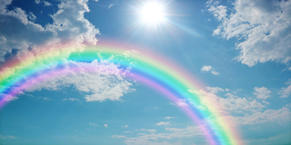 Arco-íris sendo formado.