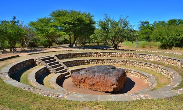 Foto do meteorito Hoba, na Namíbia.
