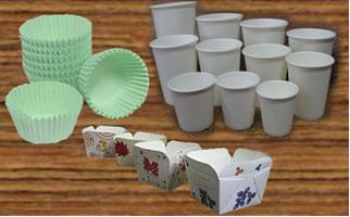 Copos e embalagens de papel que podem ser usados nesse experimento.