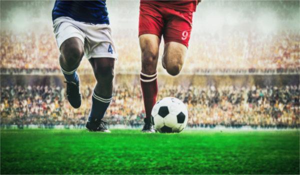 Futebol é o esporte mais praticado no Brasil e no mundo.