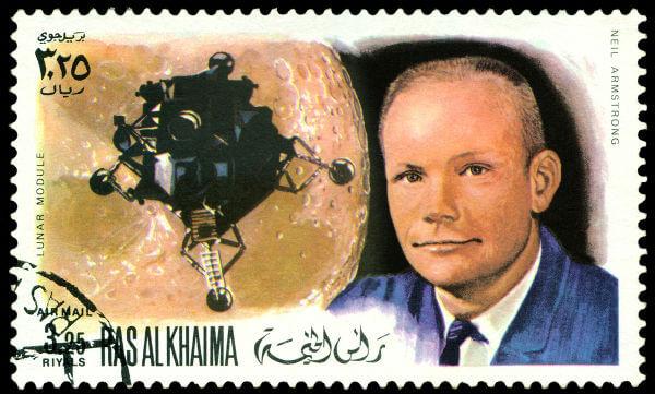Neil Armstrong (1930-2012) foi o primeiro homem a pisar na superfície lunar.*