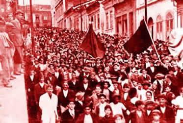 Registro fotográfico dos protestos que tomaram conta de São Paulo em 1917