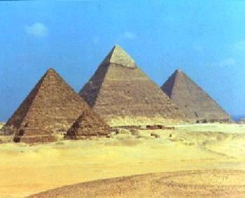 http://www.brasilescola.com/upload/e/piramide-gize(1).jpg