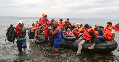 A crise de refugiados que atinge a Europa é uma das possibilidades de abordagem nas provas do Enem.