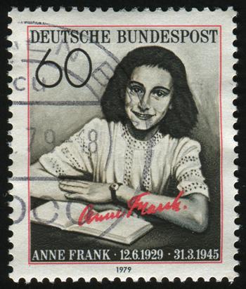 Selo homenageando a jovem judia Anne Frank. Escrito durante a II Guerra Mundial, seu diário expôs parte dos horrores cometidos pelos nazistas.*