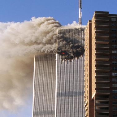A tragédia de 11 de Setembro vitimou centenas de pessoas, mas motivou os EUA a gastarem ainda mais com armas. ¹