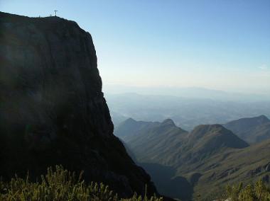 Desfiladeiro no Pico da Bandeira (ES)