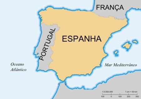 Os primeiros registros da literatura portuguesa foram feitos em galego-português em virtude da integração que havia entre Portugal e Galícia