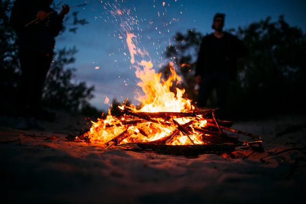 A combustão de uma material também é um indicativo de oxidação.
