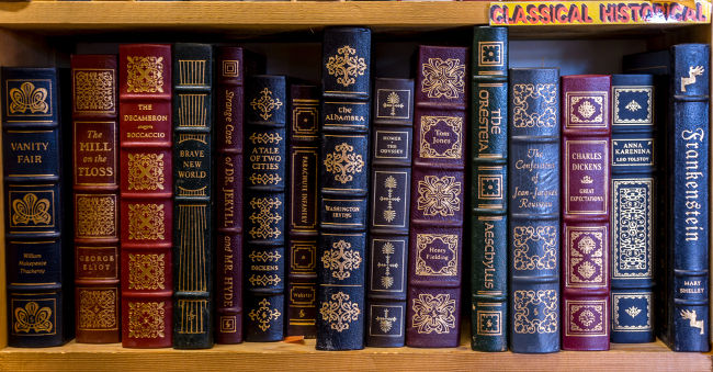 A literatura é um instrumento de comunicação, de manifestação artística e histórica.