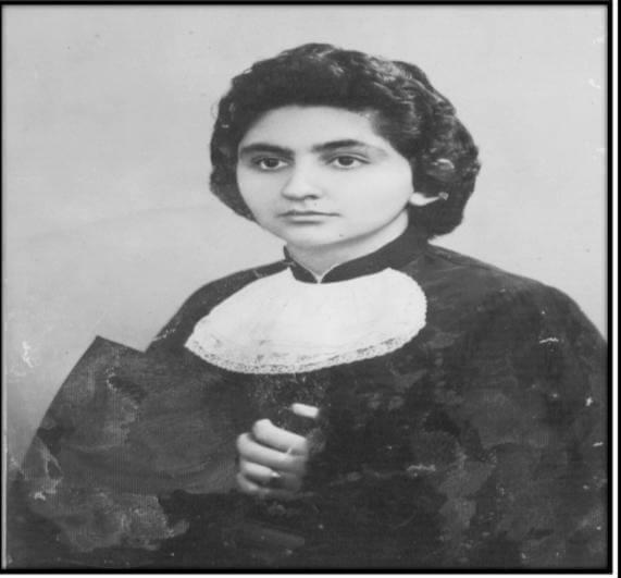 Maria dos Aflitos Miranda em sua formatura em 1958