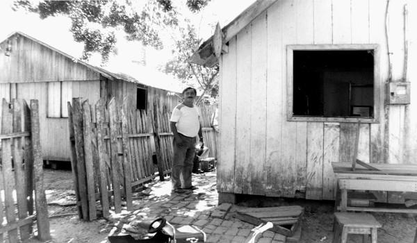 Chico Mendes foi morto em sua casa (foto), na cidade de Xapuri. (Créditos: Wikimedia Commons | Miranda Smith)