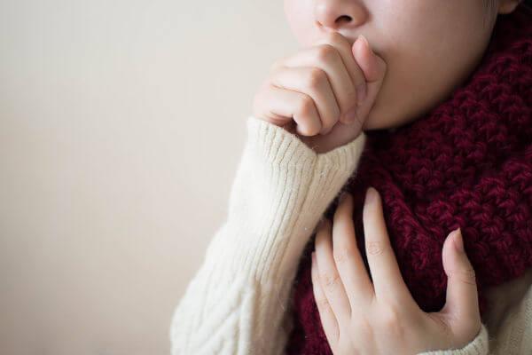 Os agentes infecciosos podem causar doenças infecciosas.