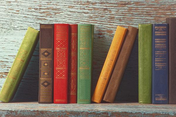 Dia Nacional do Livro é comemorado no mesmo dia do aniversário da Biblioteca Nacional. [1]