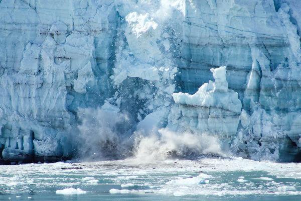 O derretimento das geleiras causará o aumento do nível do mar.