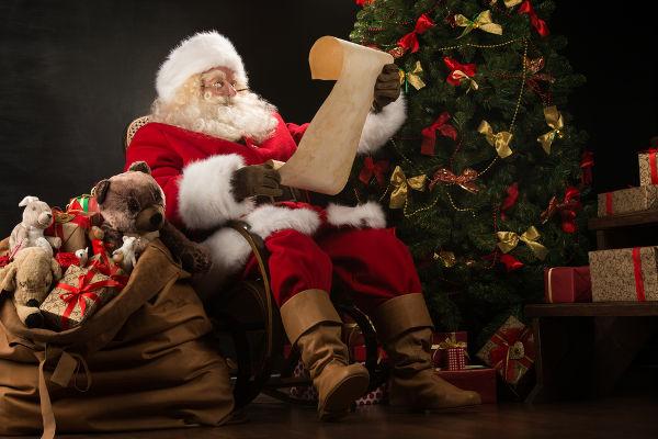 A atual forma do Papai Noel foi resultado de uma campanha publicitária da Coca-Cola.