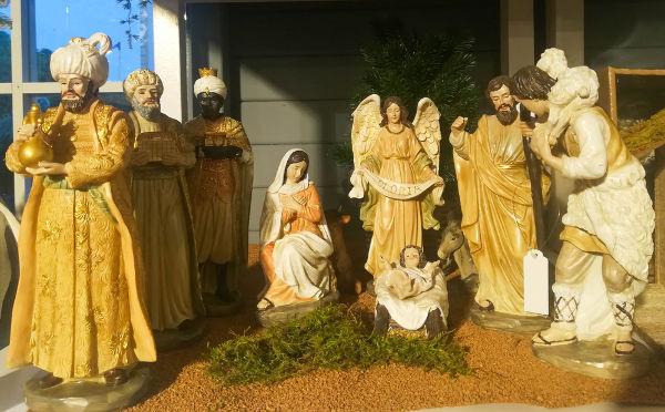 O presépio foi criado no século XIII por São Francisco de Assis.[1]